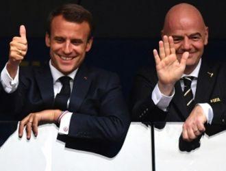 Макрон ще приеме утре френските футболни национали в Елисейския дворец